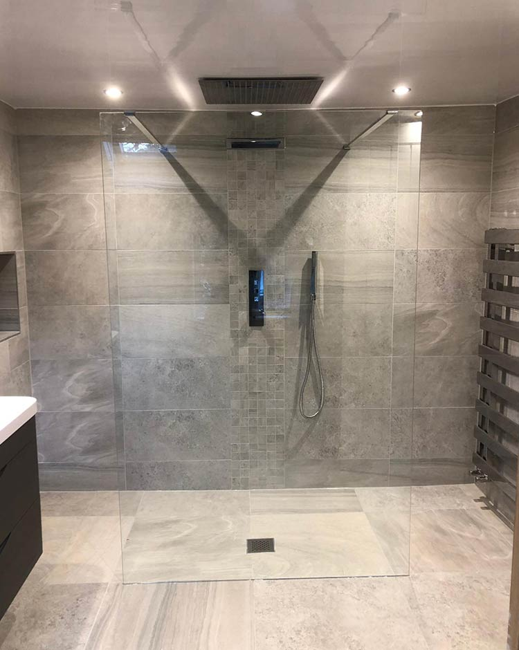 Large Wet Room in Royton