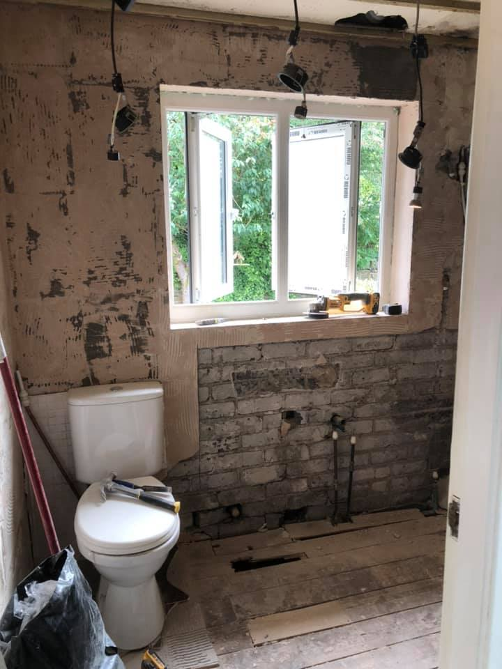 New fitted bathrooms in Royton